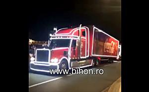 www.bihon.ro - Caravana Coca Cola a ajuns la Targul de Craciun din Oradea
