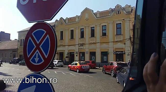 Autobuz turistic în Oradea